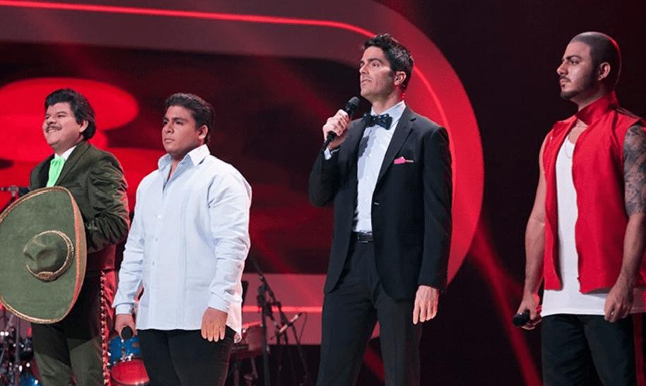 Los imitadores de José ALfredo Jiménez, Poncho Zuleta y Maluma, y el presentador de 'Yo me llamo', Ernesto Calzadilla.