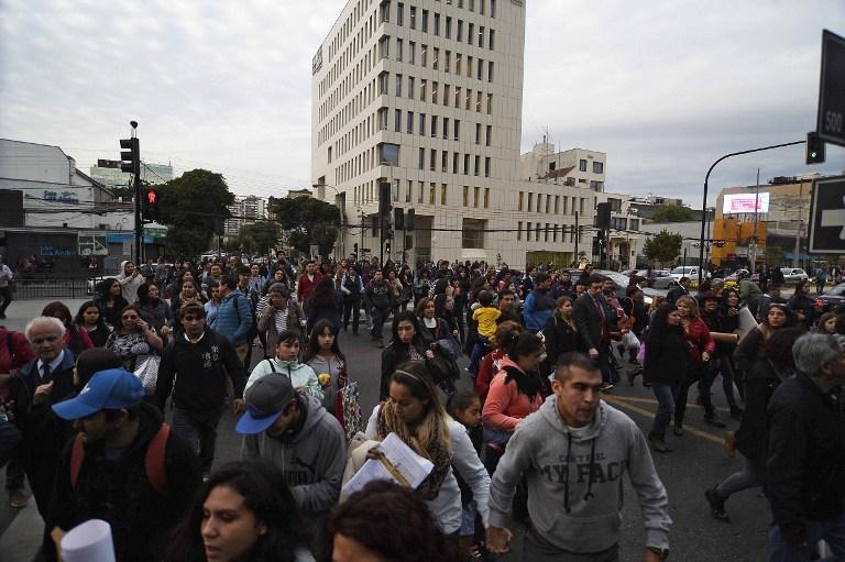 Evacuación durante sismo en Chile. Pulzo.com