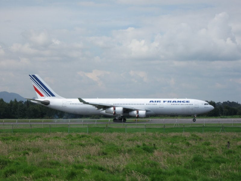 AirFrance-A340-BOG