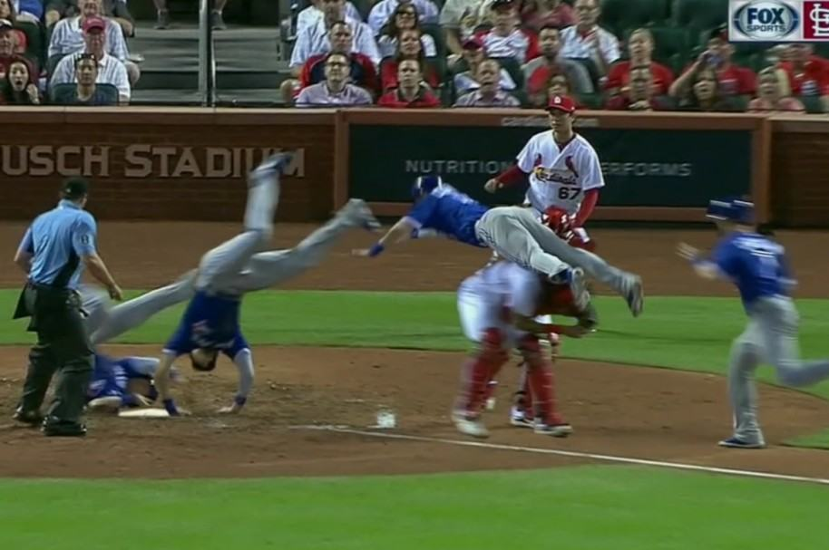 Carrera acrobática de Chris Coghlan en la MLB