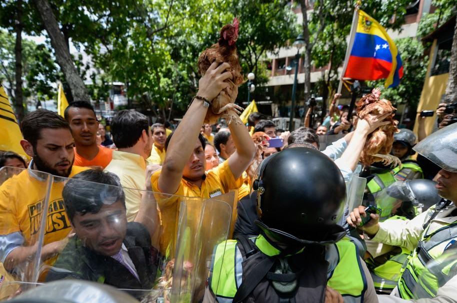 Venezuela sale de la OEA