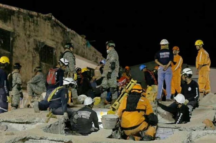 Rescate en edificio colapsado en Cartagena