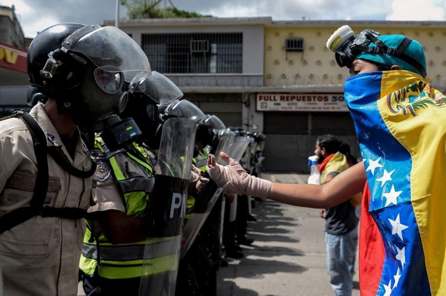 Oposición rechaza constituyente en Venezuela