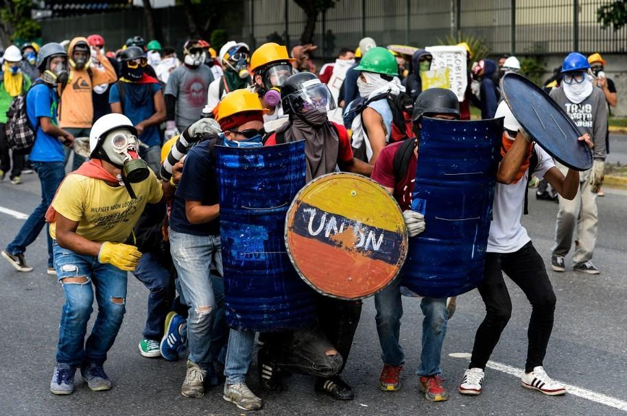 Manifestantes venezolanos en Caracas
