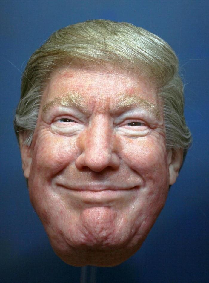 Máscara de Donald Trump. Pulzo.com