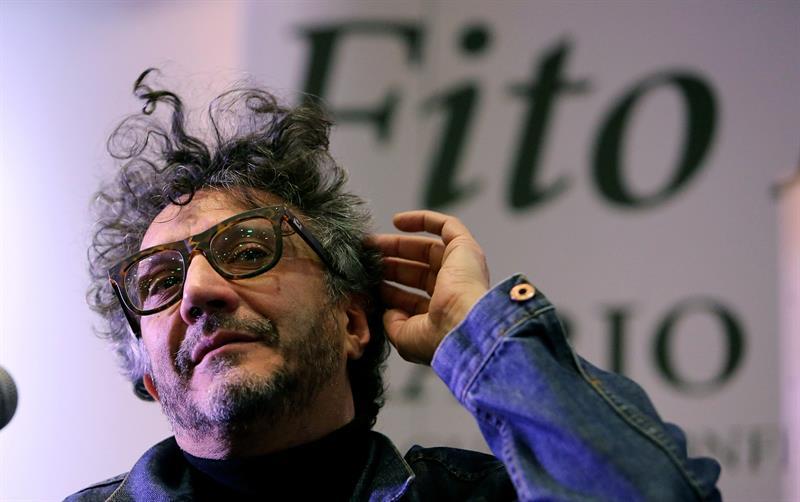 """El cantante y escritor argentino Fito Páez habla de su reciente libro """"Diario de Viaje"""" hoy, martes 2 de mayo de 2017, durante la XXX FilBo"""