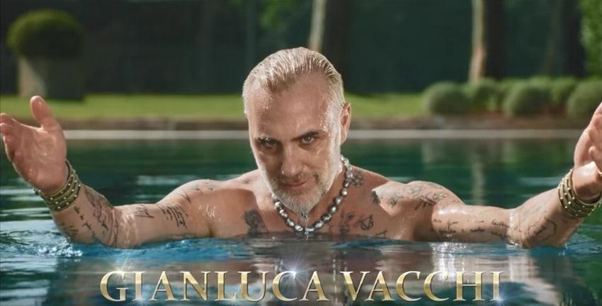 Gianluca Vacchi en comercial de café. Pulzo. com