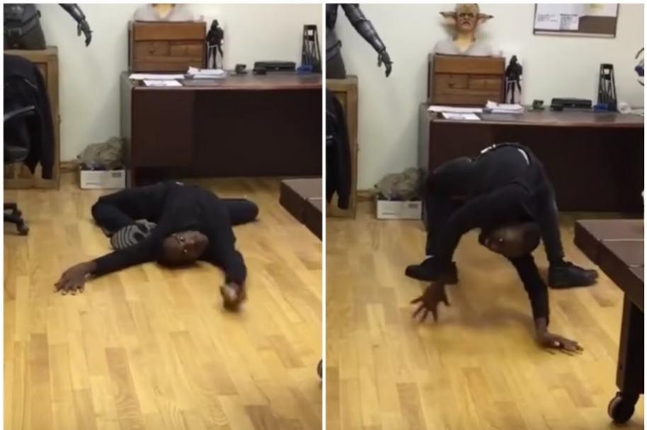 Hombre contorsionista.