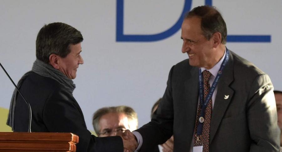 Eln y Gobierno en Ecuador