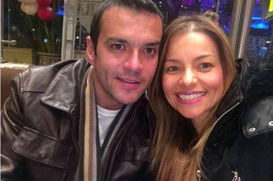 Juan Diego Alvira y su esposa, Ana María Escobar.