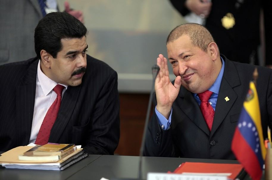 Nicolás Maduro y Hugo Chávez
