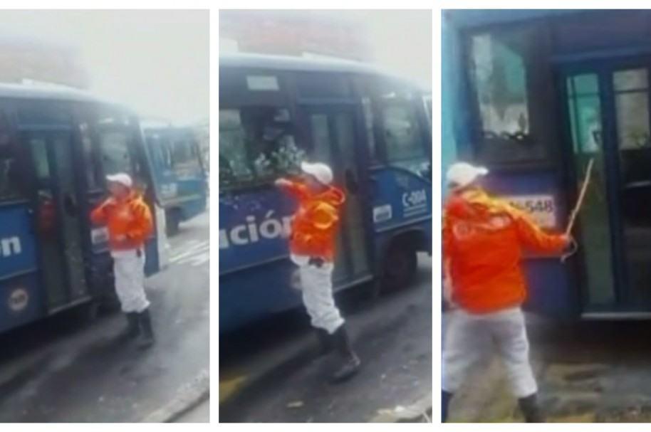 Motociclista destruye vidrios de bus del SITP. Pulzo.com