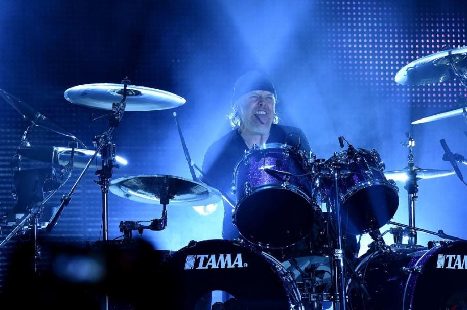Lars Ulrich durante concierto de Metallica. Pulzo.com