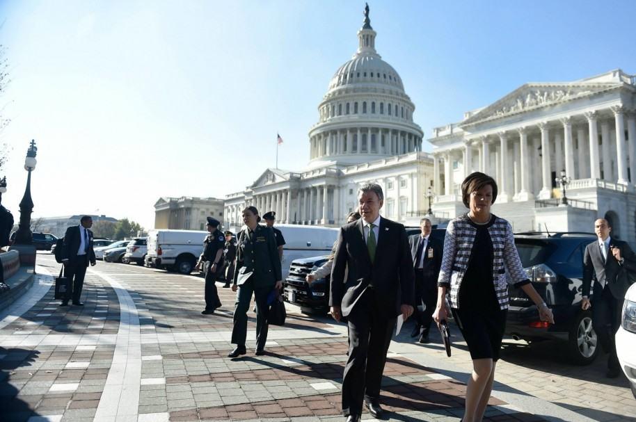 Santos en Washington