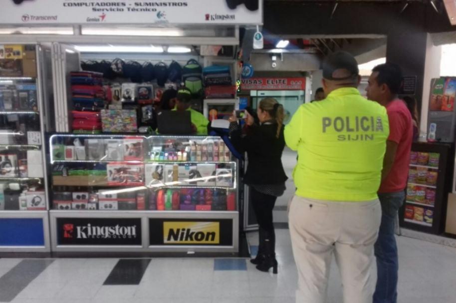 Operativo policial en Unilago.