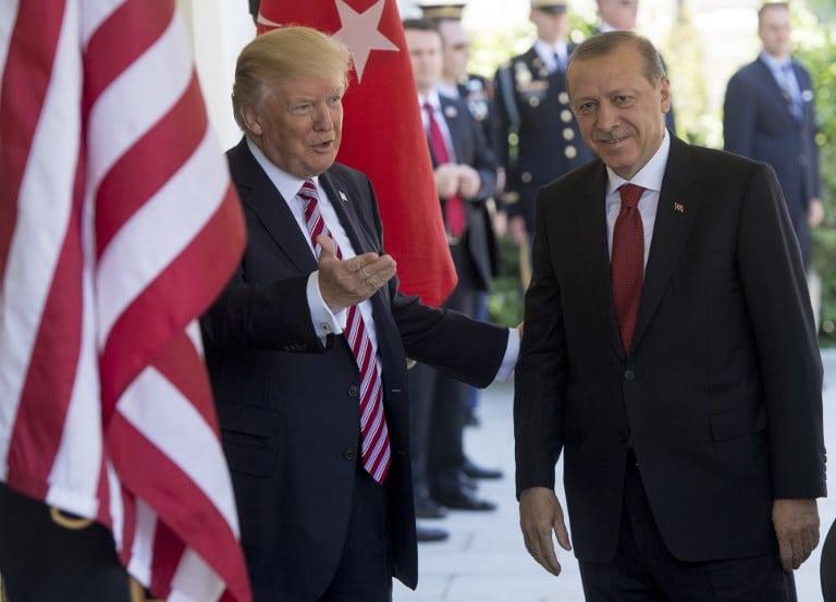Donald Trump y el presidente turco Recep Tayyip Erdogan. Pulzo.com