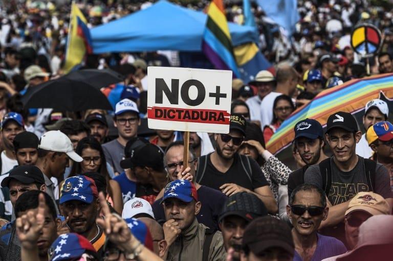 Protesta en Venezuela contra Nicolás Maduro. Pulzo.com