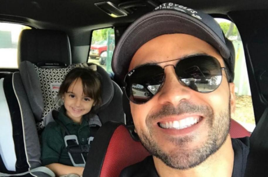 Luis Fonsi y su hija, Mikaela. Pulzo.com