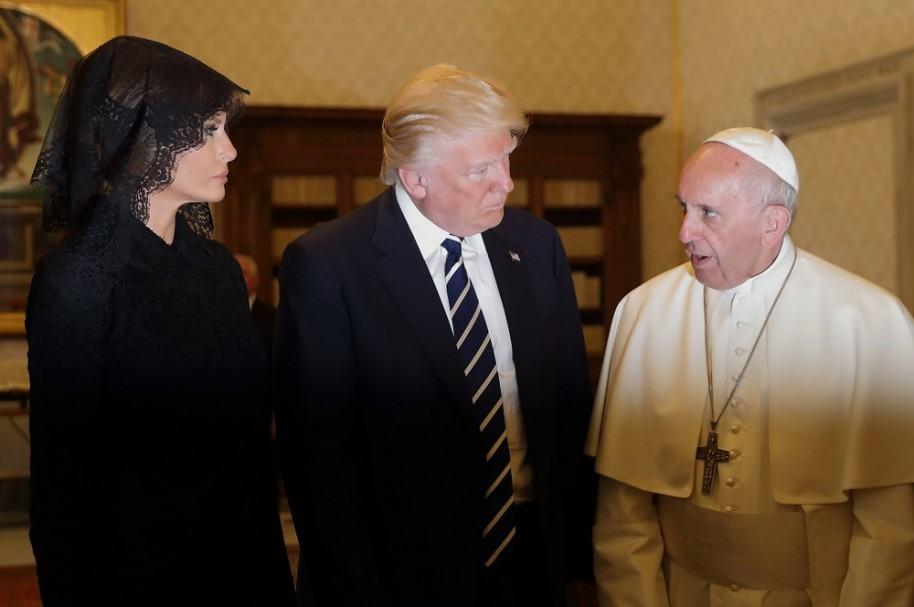 Melania Trump, Donald Trump y el papa Francisco
