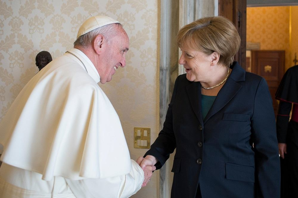 Papa Francisco y Angela Merkel
