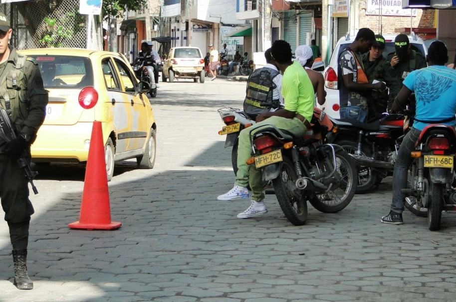 Policía en Tumaco