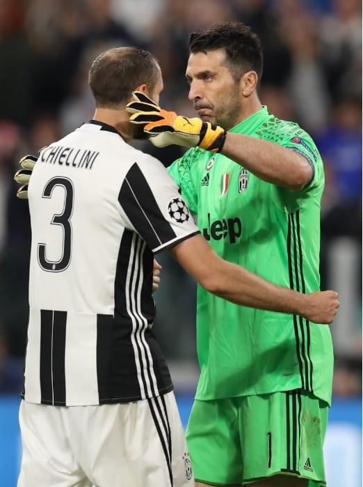 Buffon y Chiellini