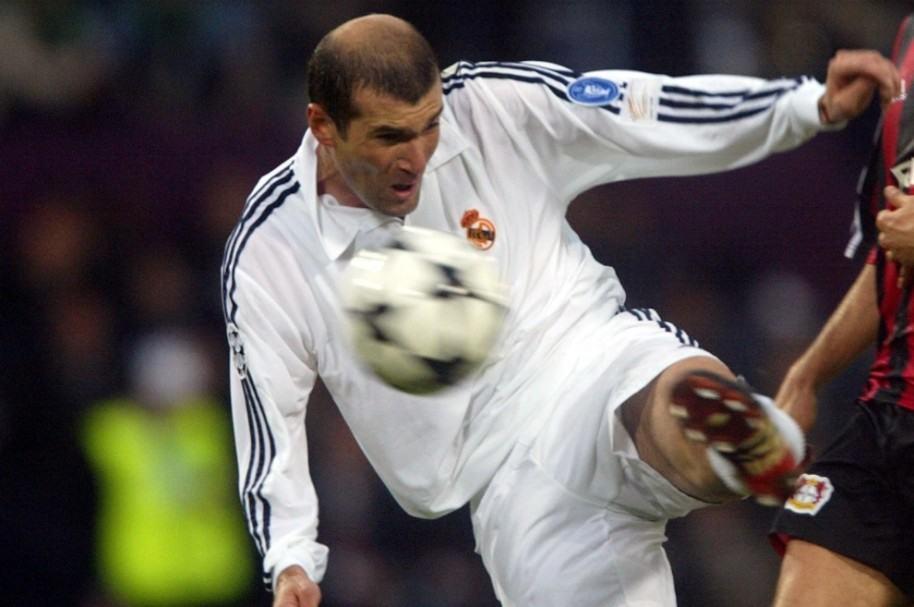 Zidane y su gol en la final de Champions 2002