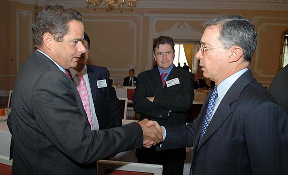 Vargas Lleras y Uribe