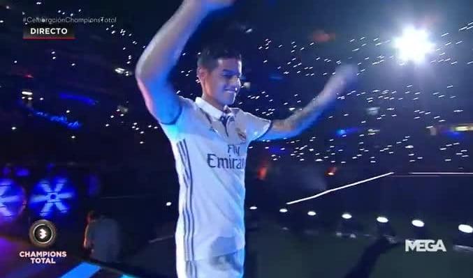James en el estadio