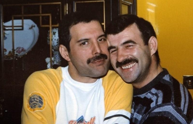 Freddie Mercury y Jim Hutton