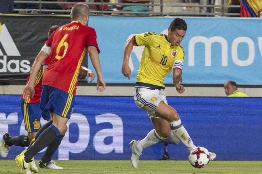 James contra Selección España