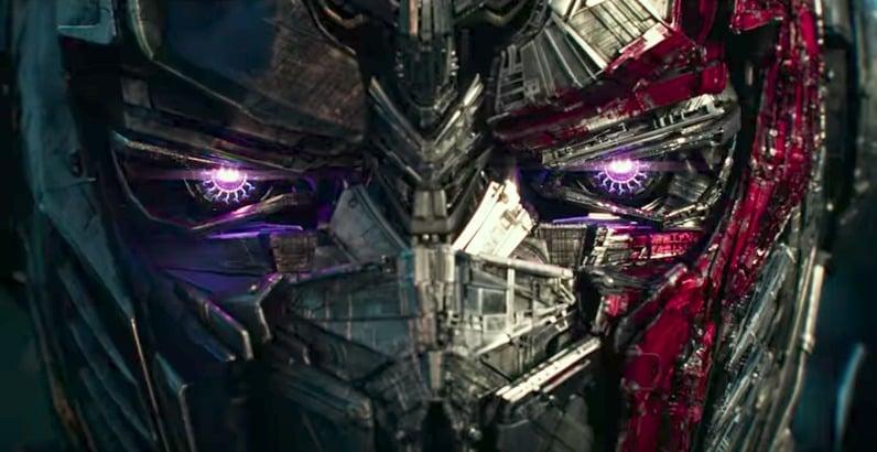Optimus Prime en 'Transformers: el último caballero'. Pulzo.com