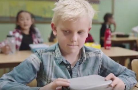 Niño Que No Tiene Qué Comer En El Colegio Protagoniza Conmovedor Y