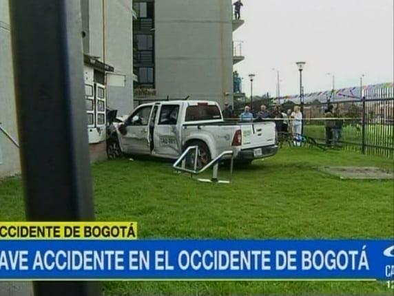Camioneta accidentada en Bogotá. Pulzo.com