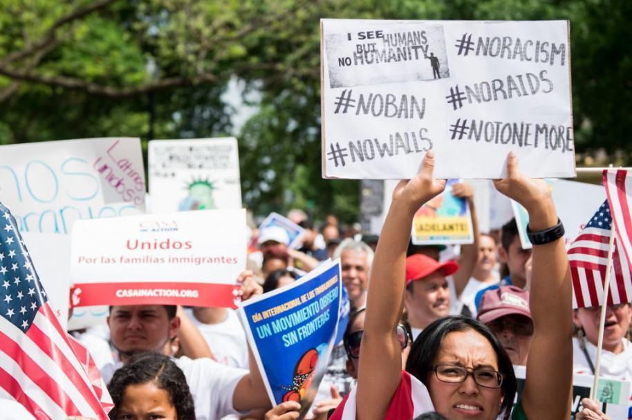 Manifestación contra veto migratorio de Trump