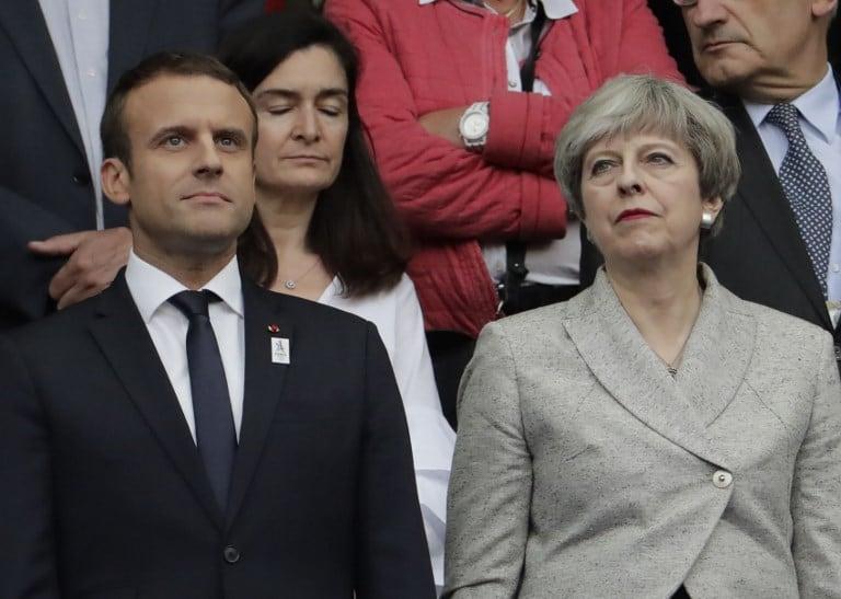 El presidente francés, Emmanuel Macron, y la primera ministra británica, Theresa May. Pulzo.com