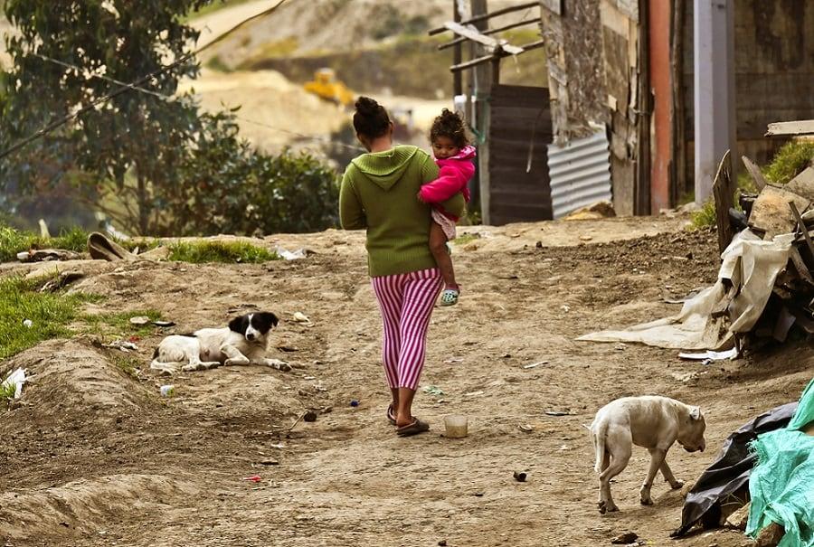 Mujer desplazada por la violencia