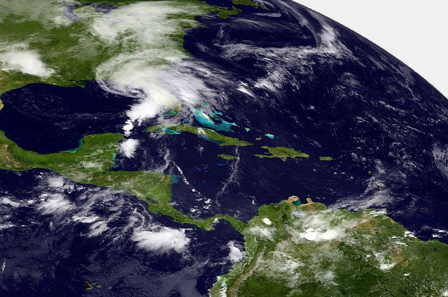 Imagen satelital de tormenta en el Caribe