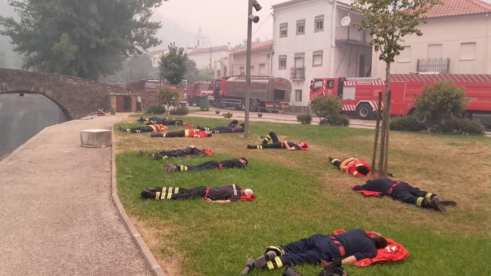 Bomberos en Portugal