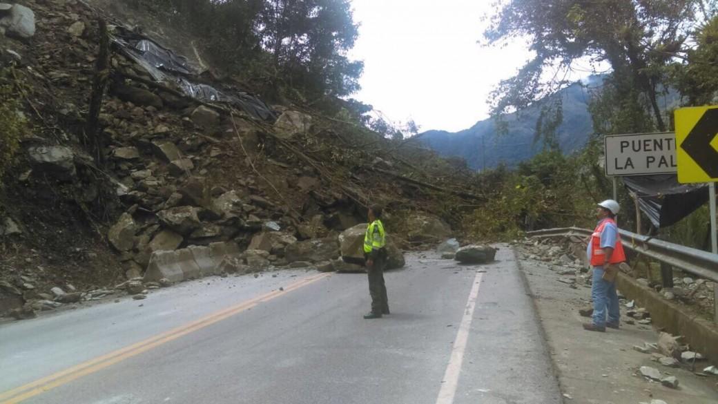 Derrumbe en vía Nueva de Bogotá-Villavicencio