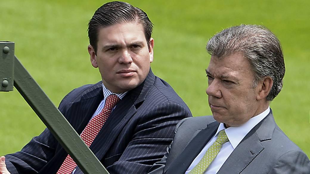 Juan Carlos Pinzón y Juan Manuel Santos