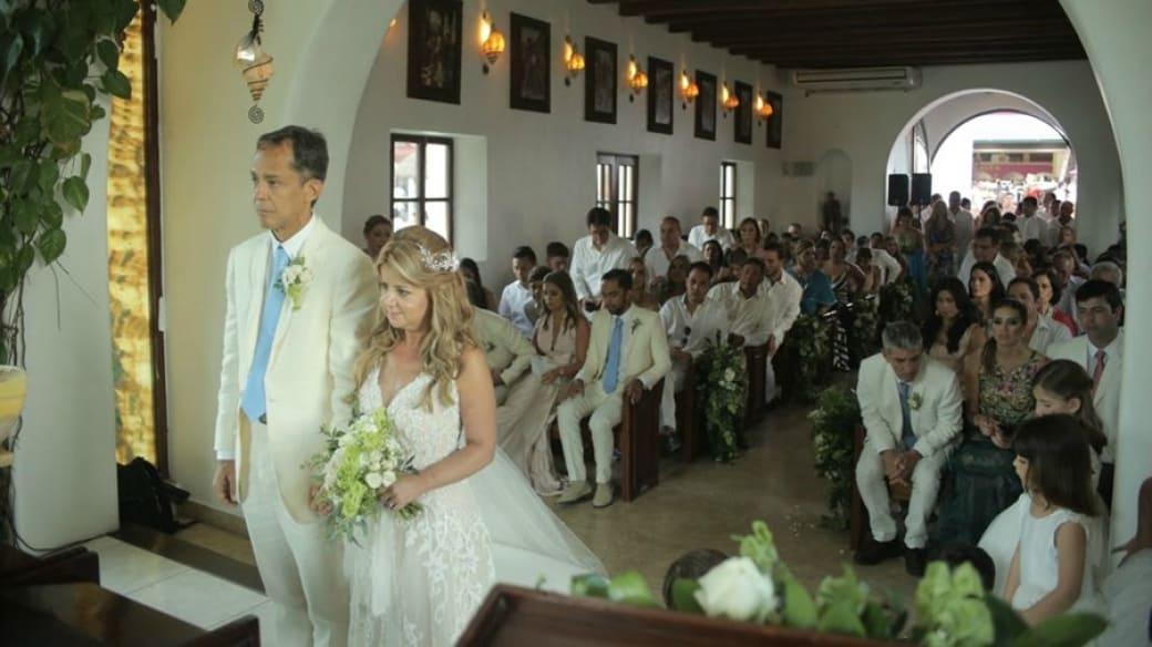 Elsa Noguera en su matrimonio con el empresario Juan Carlos Hernández. Pulzo.com