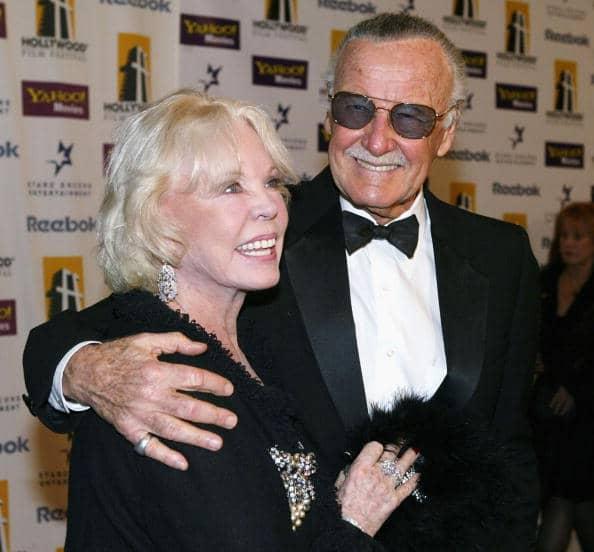Stan Lee y su esposa Joan Lee