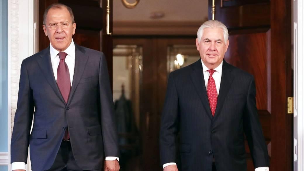 Serguei Lavrov y Rex Tillerson