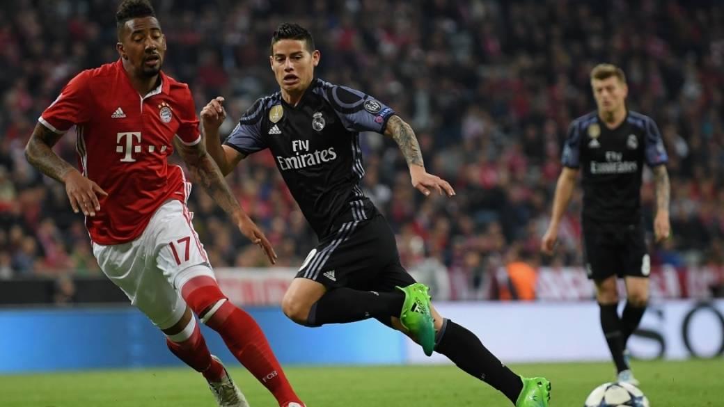James jugando contra el Bayern