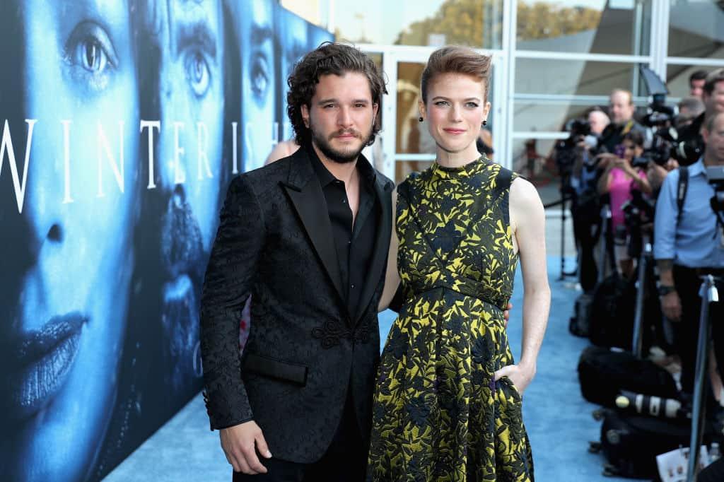 Kit Harington (Jon Snow) y Rose Leslie (Ygritte)