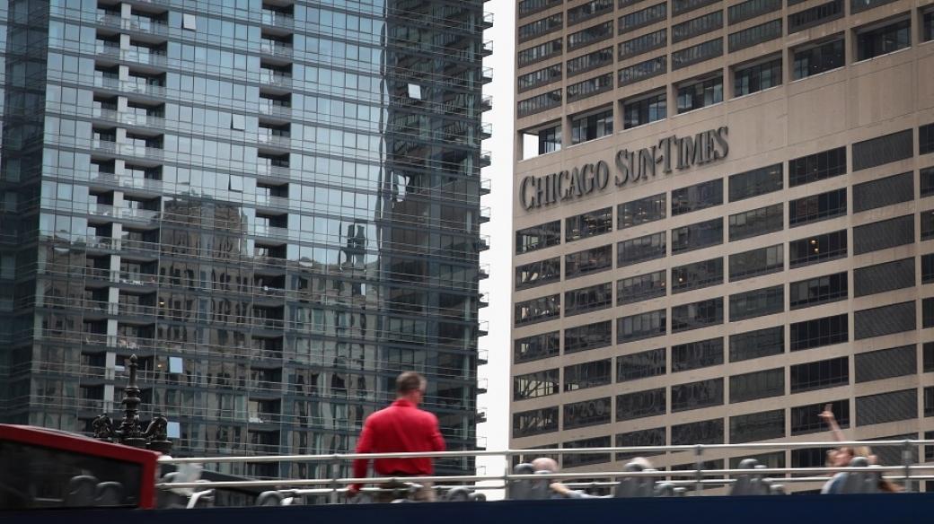Fachada del Chicago Sun-Times