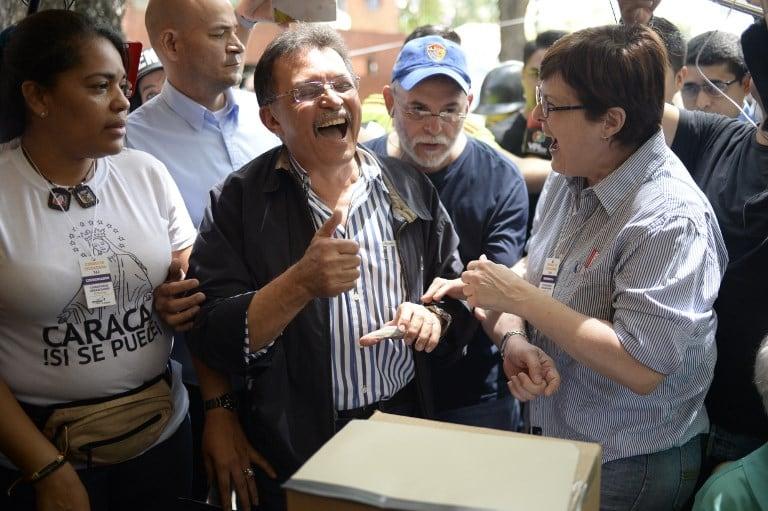Diputado chavista vota contra Constituyente