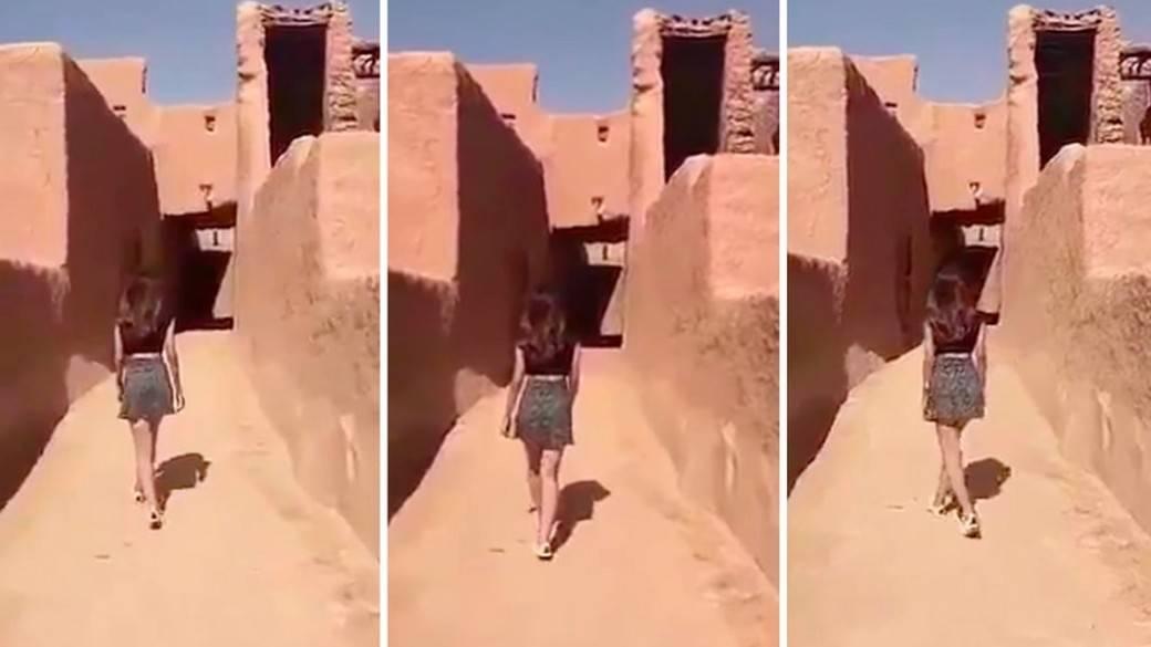 Mujer en minifalda en Arabia Saudita
