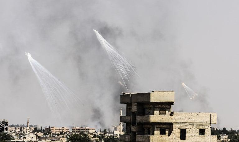 Bombardeo en Al Raqa, Siria. Pulzo.com